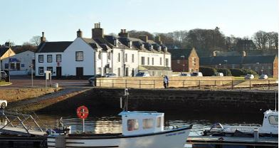The Royal Hotel - Cromarty